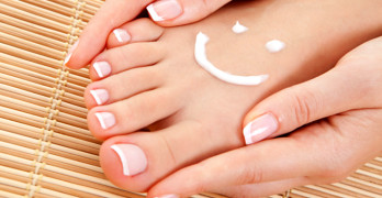 cost of laser treatment for toenail fungus - article head image