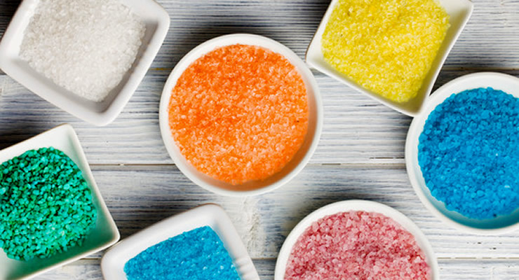 Salt scrub recipe -  article header image