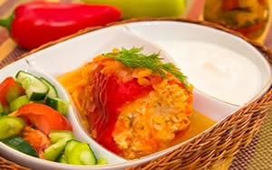 Healthy dinner recipes - turkey-stuffed roasted peppers