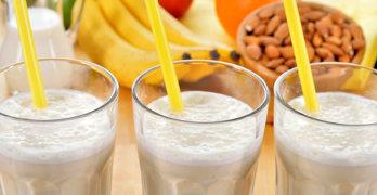 Almond Milk Benefits - article head image