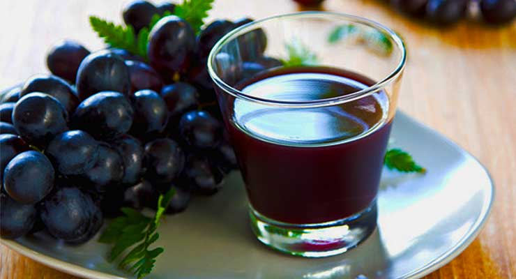 Grape juice benefits - article head image