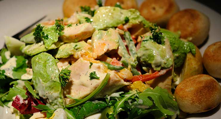 Chicken Avocado Salad recipes - article head image